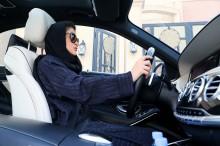 Arab Saudi Resmi Akhiri Larangan Mengemudi bagi Wanita
