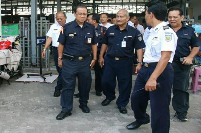 Dirut KAI Edi Sukmoro saat berkunjung ke Kota Solo, Jawa Tengah, Minggu, 24 Juni 2018. Medcom.id - Pythag