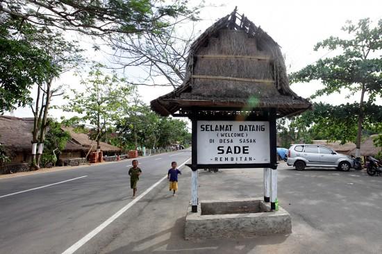 Ajak Anak Mempelajari Budaya Suku Sasak di Desa Sade Lombok