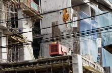 Upah Buruh Bangunan Turun karena Ramadan-Idulfitri