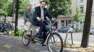 Lawan Permusuhan, Muslim dan Yahudi di Berlin Bersepeda Bersama