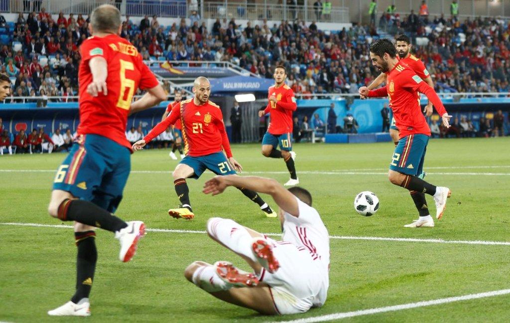 Saat-saat Isco mencetak gol penyama kedudukan ke gawang Maroko. (Foto: Twitter ofisial Spanyol)