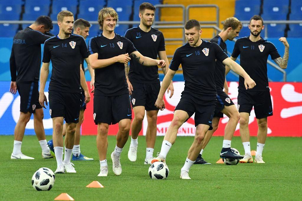 Skuat Kroasia sedang berlatih. (Foto: AFP/Pascal Guyot)
