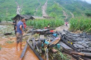 Banjir Bandang di Vietnam Tewaskan 15 Orang