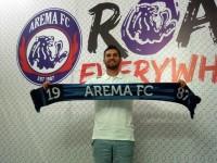 Pelatih Kiper Arema Ingin Kembalikan Kartika Ajie ke Timnas