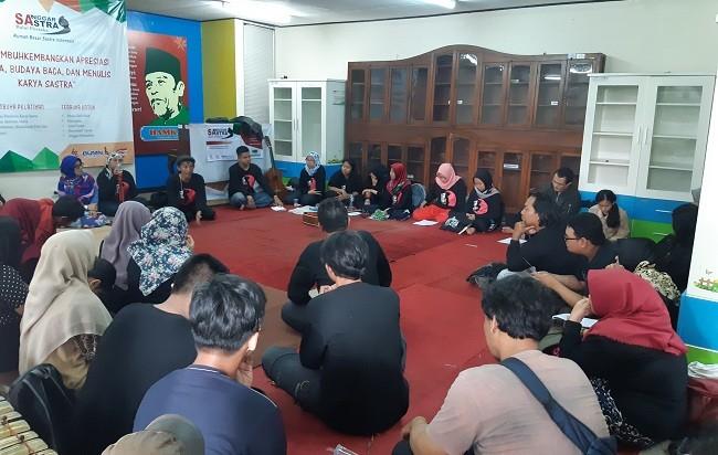 Sanggar Balai Pustaka di Ruang Hamka, Gedung Balai Pustaka, Matraman, Jakarta Timur, Sabtu, 5 Mei 2018. (Medcom/Abas)