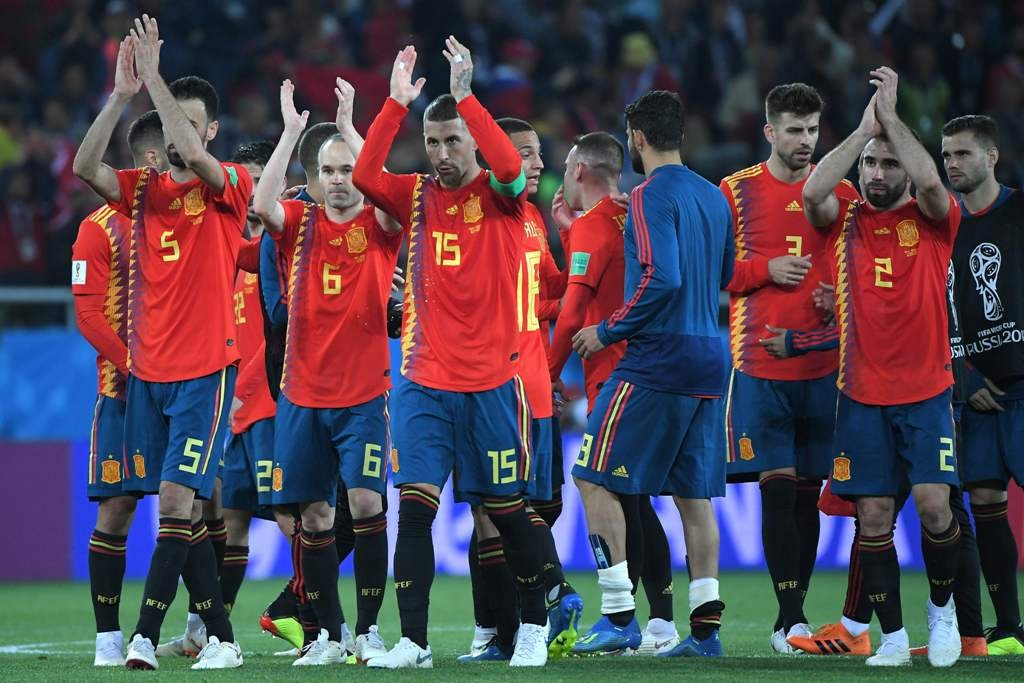 Skuat Spanyol. (Foto: AFP PHOTO / Patrick HERTZOG)