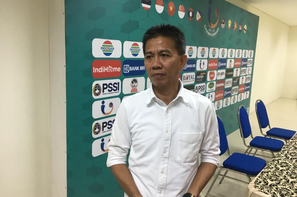 Pelatih Vietnam, Hoang Anh Tuan, saat jumpa pers usai laga di Stadion Gelora Joko Samudro, Kabupaten Gresik, Jawa Timur. (Medcom.id/Amal)