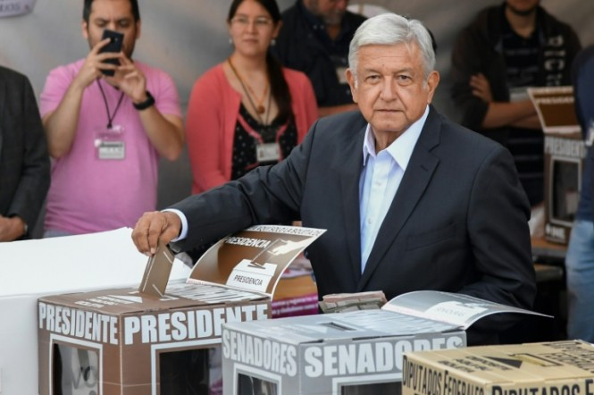 Andres Manuel Lopez Obrador casts his vote during the Mexican presidential election, in which he looks poised to sweep to power. (Photo:AFP/Alfredo Estrella)