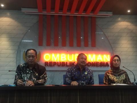 Pengangkatan Rektor Unima Kurang Syarat <i>Student Visa</i>