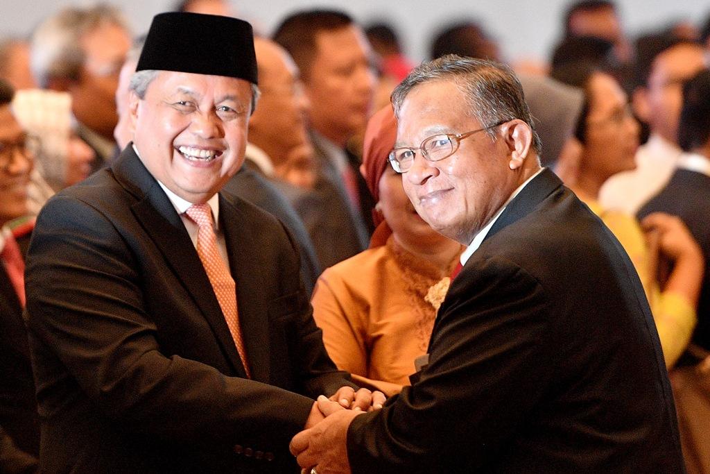 Gubernur BI Perry Warjiyo (kiri). ANT/Sigid Kurniawan.