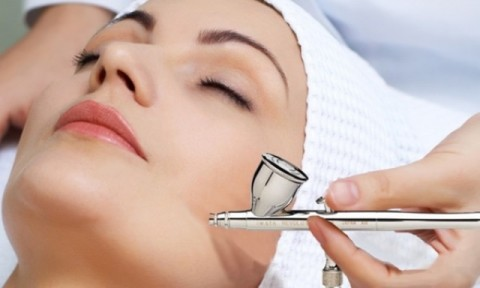 <i>Facial</i> <i>Oxygen</i>, <i>Treatment</i> Kecantikan ala Artis Hollywood
