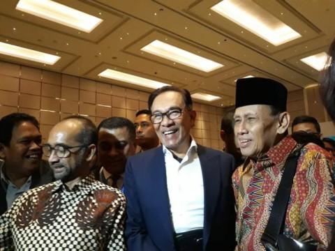 Diprediksi Jadi PM Malaysia, Anwar Tetap Tak Ragukan Mahathir