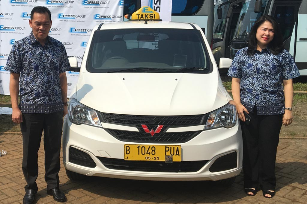 150 armada taksi dengan Wuling Confero telah beroperasi di Jakarta. Express Group