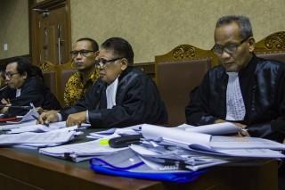 Eks Kadis Bina Marga Lamteng Dituntut 2,5 Tahun