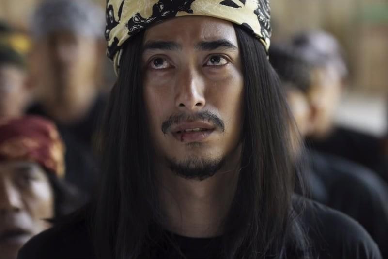 Winky Wiryawan sebagai Joe Santani dalam Rocker Balik Kampung (MHS Films)