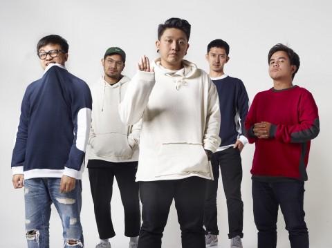 Pee Wee Gaskins Aransemen Ulang Lagu Salah Milik Potret