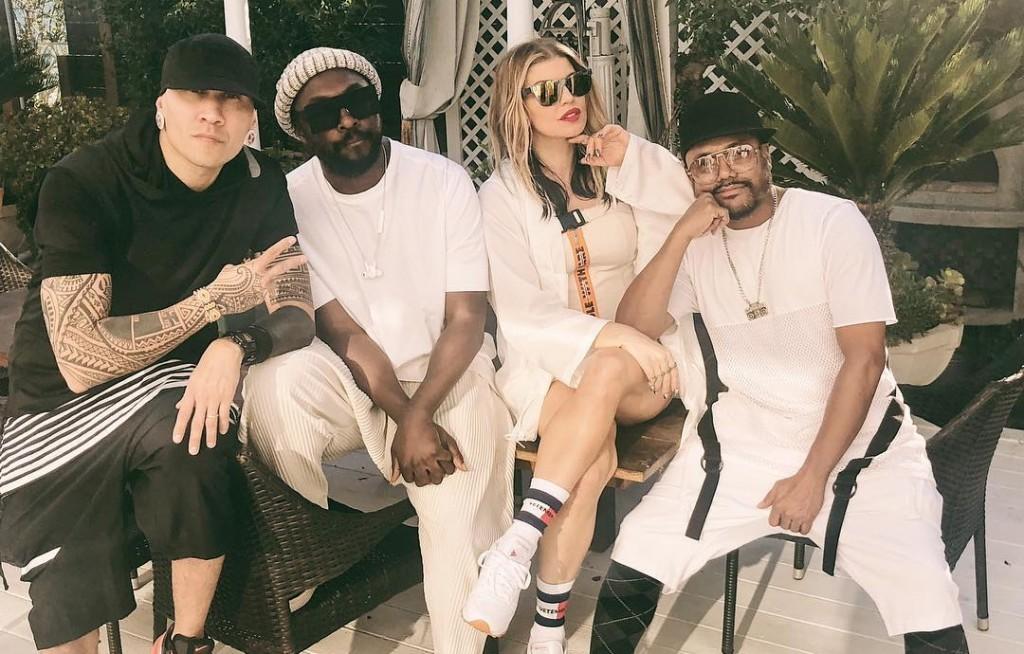 Fergie bersama Black Eyed Peas (foto:instagram)