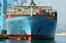 US Trade Deficit Hits 18-Month Low on Record Exports in May