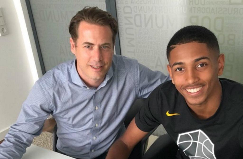 Kamal Bafounta (kanan). (Foto: Goal)