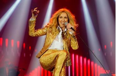 Kelakar Celine Dion di Panggung Hangatkan Suasana Konser