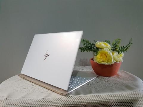 Membedah Kotak Ultrabook Mewah, HP Spectre 13