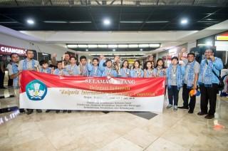 Siswa SD Indonesia Borong 10 Medali di Bulgaria