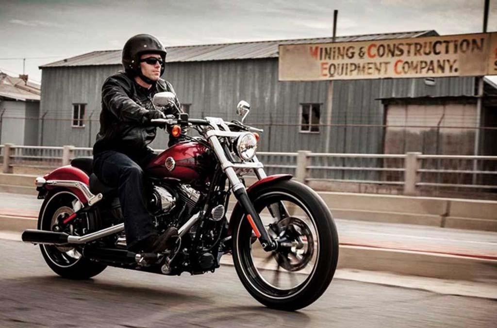 Harley-Davidson berencana pindahkan produksi ke India. Youtube