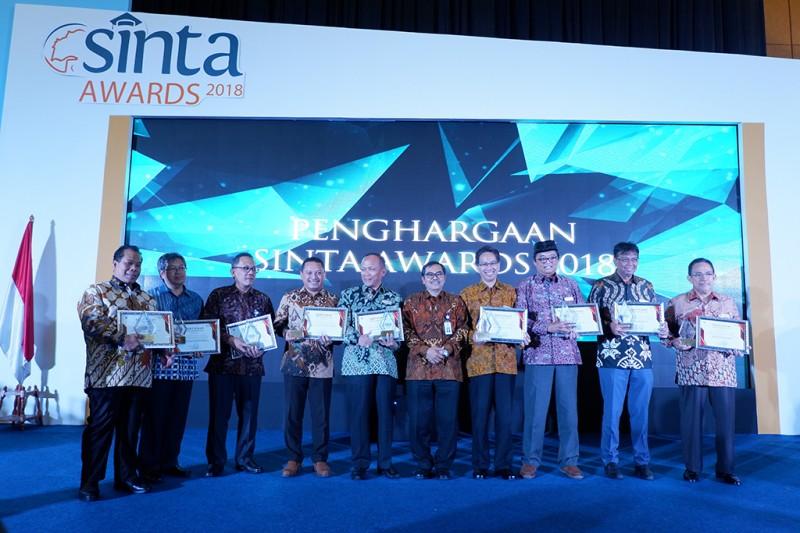 Telkom University Raih Peringkat 1 di Sinta Awards 2018, Humas Telkom University.