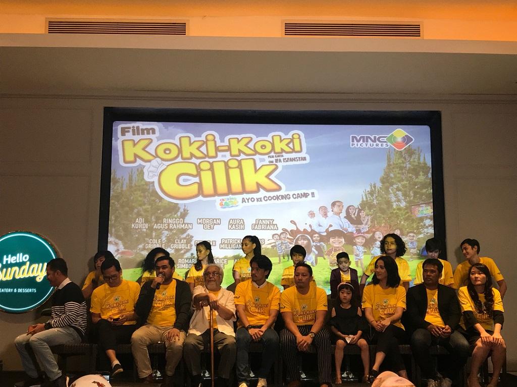 Para kru dan pemeran film Koki-koki Cilik (Foto: Instagram Film Koki- Koki Cilik)