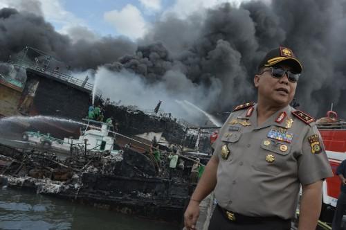 Kapolda Bali memantau lokasi kebakaran puluhan kapal di