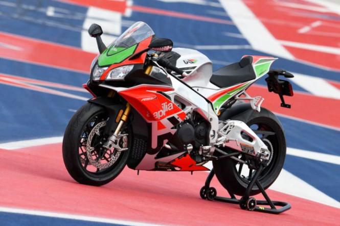 Aprilia RSV4 jadi superbike pertama pakai IMU dan ride by wire. Aprilia