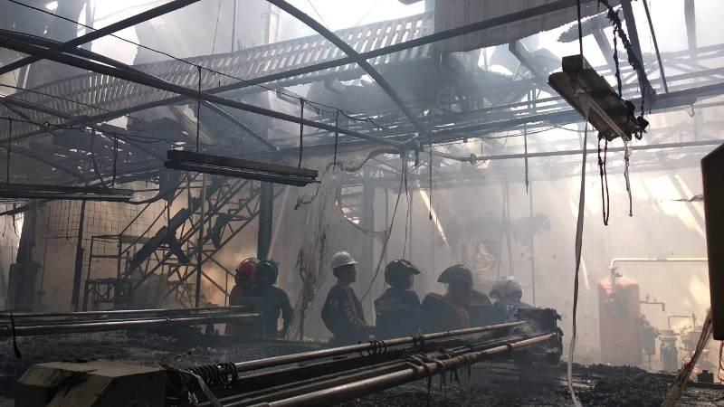 Kondisi Pabrik textil PT. Lokatex yang terbakar, di Pekalongan, Jawa Tengah. (Medcom.id /Kuntoro Tayubi)
