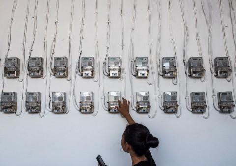 225 Ribu Rumah Tangga di Jabar Menumpang Sambungan Listrik