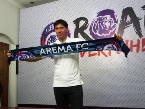Pelatih Arema, Milan Petrovic (Foto: Medcom.id/Daviq Umar)