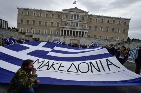 Yunani mengaku akan mengusir dua diplomat Rusia dan melarang