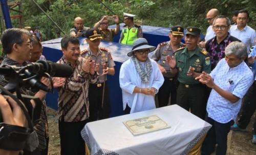 Menteri Luar Negeri Retno Marsudi saat berada di Garut
