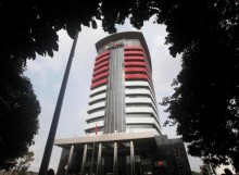 KPK Arrests Lawmaker in Sting Operation