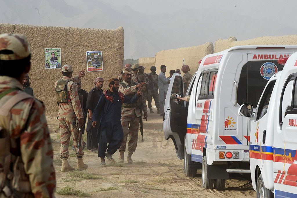 Jelang Pemilu Pakistan, Ratusan Orang Tewas Akibat Serangan Bom