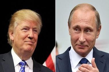 Presiden AS Donald Trump (kiri) dan Presiden Rusia Vladimir