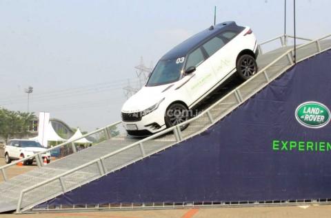 Eksplorasi Performa Jaguar Land Rover dengan Cara Unik