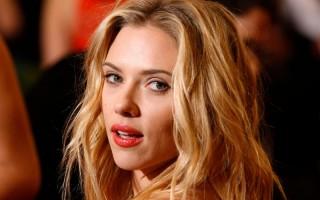 Scarlett Johansson Mundur dari Proyek Film Transgender Rub & Tug