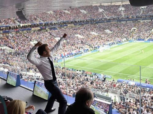 Reaksi Presiden Prancis Emmanuel Macron saat Prancis menang