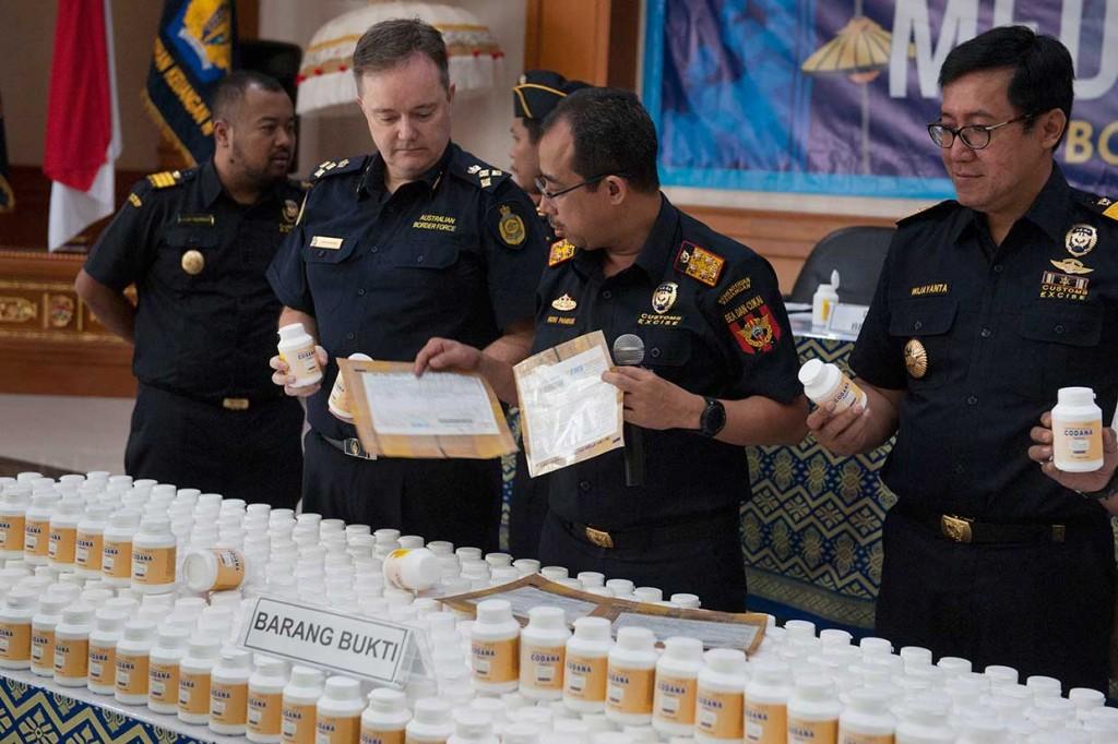 Penyelundupan 600 Ribu Butir Prekursor Narkoba Digagalkan