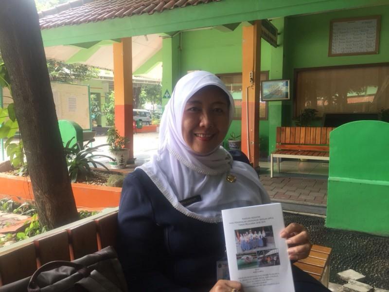 Kepala Sekolah SMAN 78, Rita Hastuti, Medcom.id/Intan Yunelia.