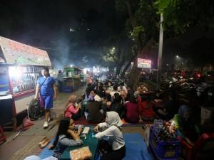 Ketua DPRD DKI Minta Anies Benahi PKL di Kawasan GBK