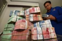 Rupiah Hampir Menembus Rp14.400/USD