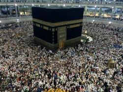 Tiga Kloter Masuk Asrama Haji Embarkasi Surabaya
