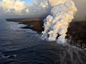 Bom Lava Gunung Kilauea Lukai 23 Turis di Hawaii