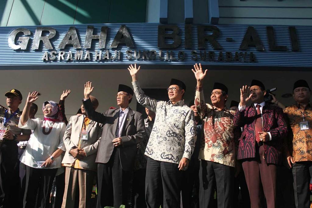 Menag Lepas Kloter I Calon Haji di Surabaya